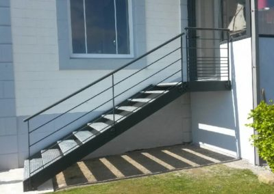 Escaliers main courante rampe dacces... BL Ferronnerie concoit des realisations sur mesure - Escaliers & Mains-courantes